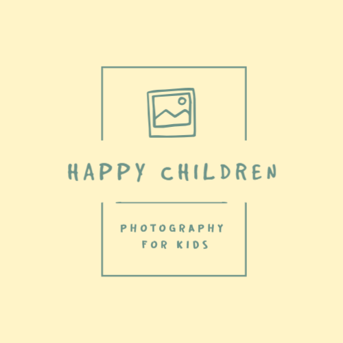 Child photographer or studio logo